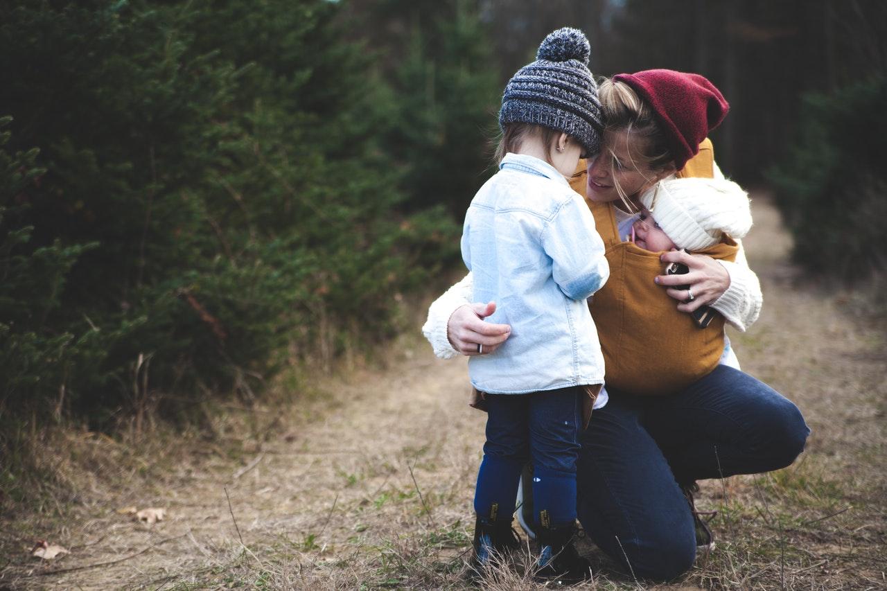 Co uszczęśliwi młodą mamę?